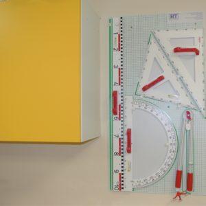 Geometrijski pribor za školsku ploču – plastični/magnetni