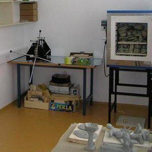 Stol radionički sa ultrapasom DM-U