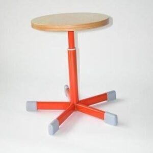 Vrtljiva stolica VS-1