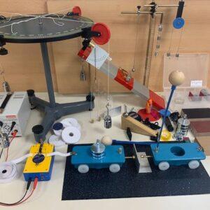 Pribor fizika za srednju školu, I. polugodište – nastavnički